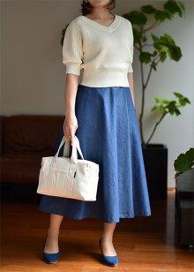 他の写真 (画像をクリックすると大きく見えます)3: セミフレアスカート