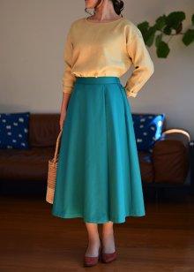 他の写真 (画像をクリックすると大きく見えます)1: セミフレアスカート