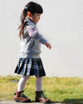 型紙,プリーツスカート,女の子